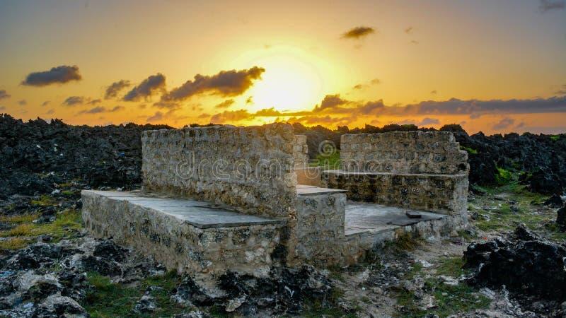 Słońce sety na pięknym dniu zdjęcie royalty free