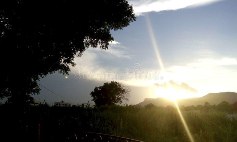 Słońce ustalona scena zdjęcia stock