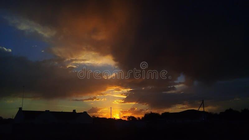 Słońce ustalony zmierzch Botswana Gaborone fotografia royalty free