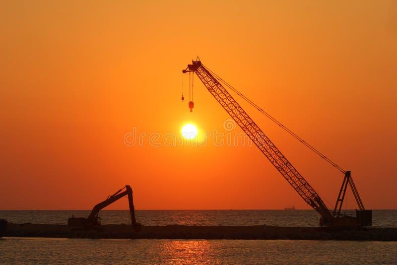 Słońce ustawiający - Rozładowywający zdjęcia royalty free