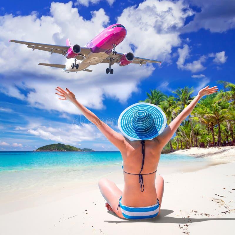 Słońce wakacje na tropikalnej plaży zdjęcia royalty free