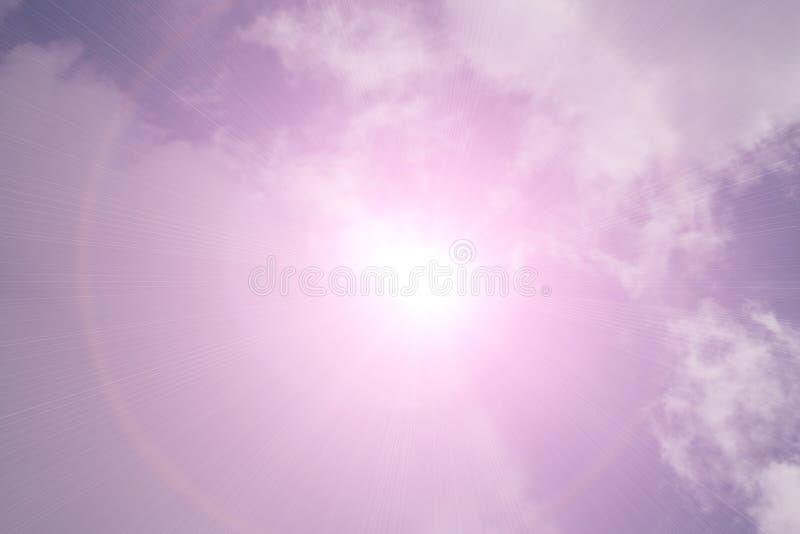 Słońce zaczynał wzrastać od morza w ranku zdjęcia stock