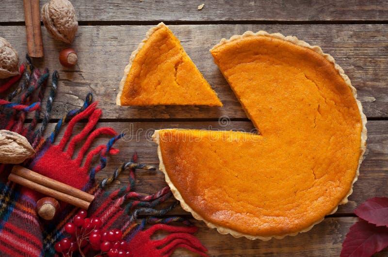 Słodki wyśmienicie naturalny dyniowy tarta kulebiaka deser zdjęcie stock