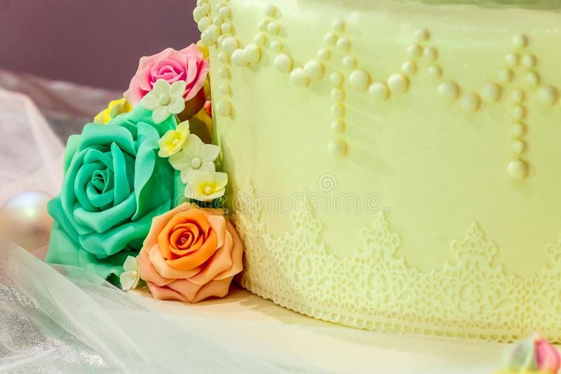 Słodkie ślubne babeczki zdjęcia stock