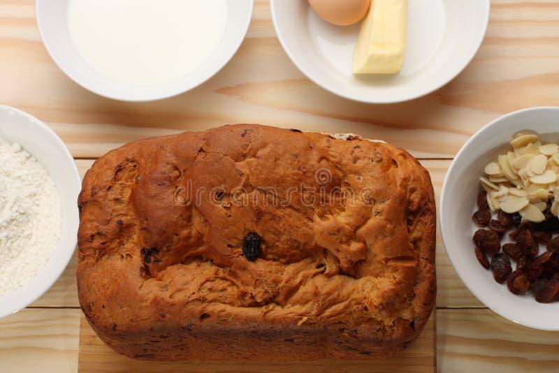 słodkie chlebowe rodzynki zdjęcia stock