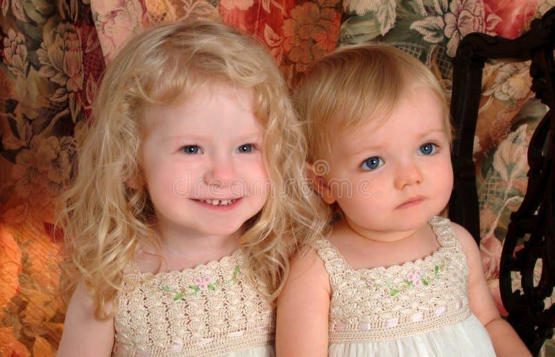 słodkie siostry obrazy stock