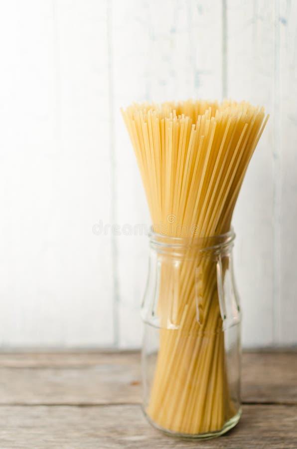 słoju szklany spaghetti fotografia stock