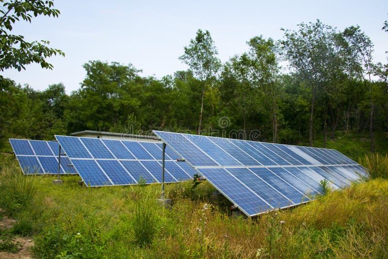 Słoneczna photovoltaic elektrownia zdjęcie royalty free