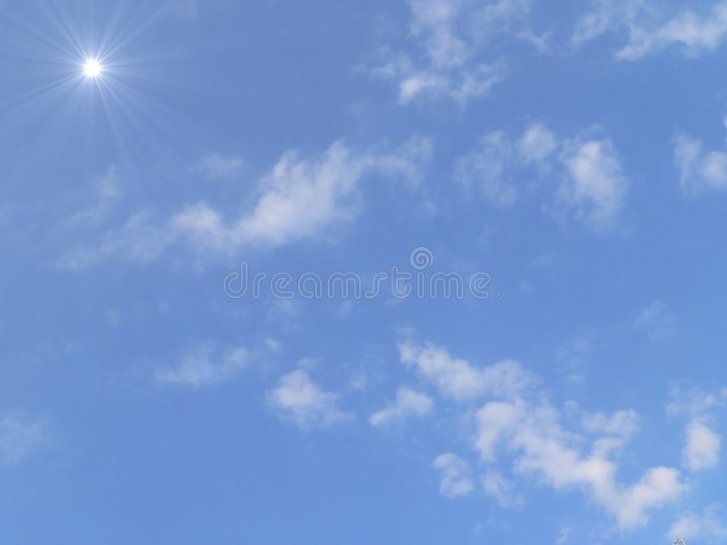 słoneczne niebo zdjęcia stock