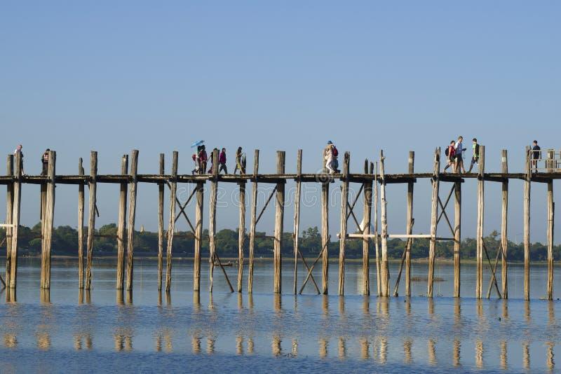 Słoneczny dzień na U Bein moscie, Mandalay, Myanmar obraz royalty free