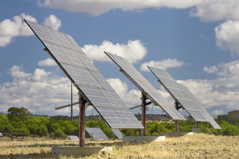 słoneczny panelu wyrównujący stawiający czoło światło słoneczne obrazy stock