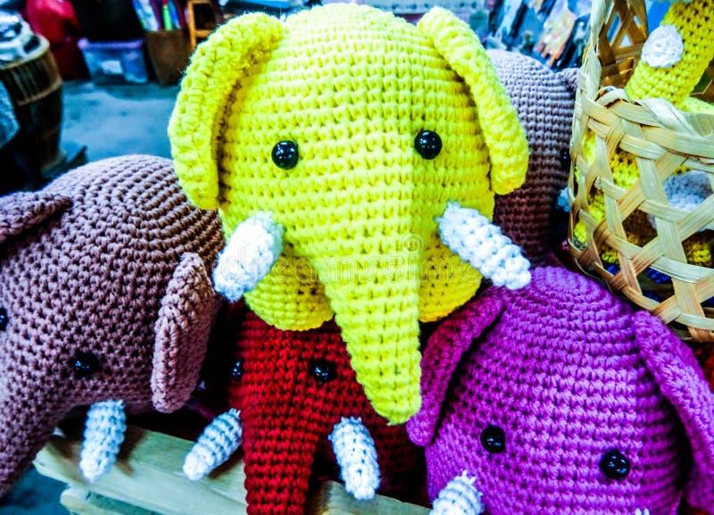 Słonie patrzeją ja obrazy royalty free