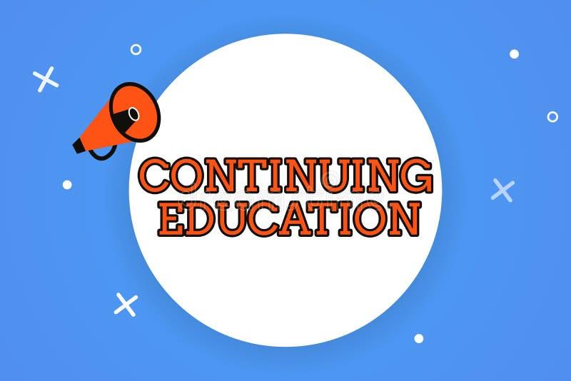 Słowa writing tekst Kontynuuje edukację Biznesowy pojęcie dla Kontynuowałem uczenie aktywności profesjonalistów angażuje wewnątrz ilustracji