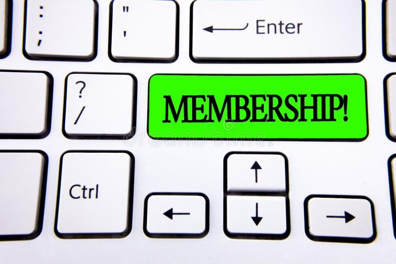 Słowa writing teksta członkostwo Biznesowy pojęcie dla Być członka częścią grupa lub drużyną Łączy organizaci firmy pisać na ziel zdjęcia royalty free