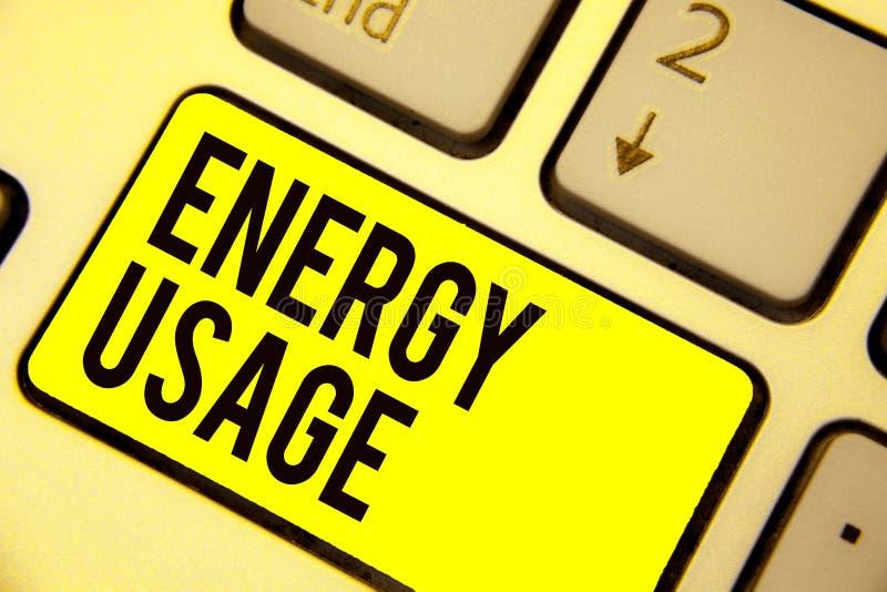 Słowa writing teksta energii użycie Biznesowy pojęcie dla kwoty spożywającej lub używać w Klawiaturowym koloru żółtego kluczu ene ilustracji