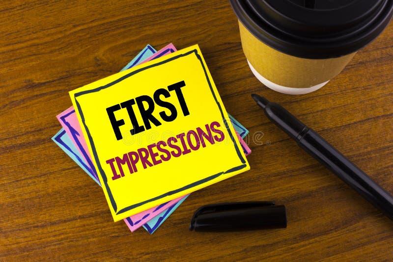 Słowa writing teksta pierwsze wrażenia Biznesowy pojęcie dla spotkanie prezentaci występu akcydensowego wywiadu koperczaki pisać  fotografia royalty free