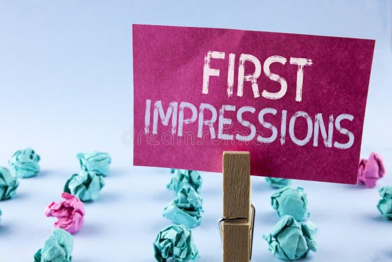 Słowa writing teksta pierwsze wrażenia Biznesowy pojęcie dla spotkanie prezentaci występu akcydensowego wywiadu koperczaki pisać  zdjęcie stock