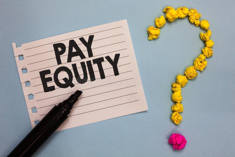 Słowa writing teksta wynagrodzenia sprawiedliwość Biznesowy pojęcie dla eliminować płeć i biegowa dyskryminacja w płaca systemach zdjęcia stock