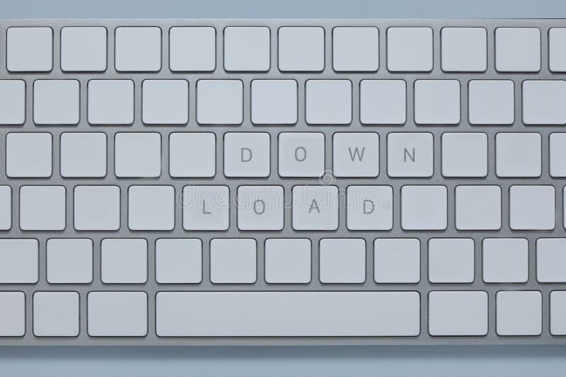 Słowa zestrzelają ładunek na komputerowej klawiaturze z inny wpisują kasują fotografia royalty free