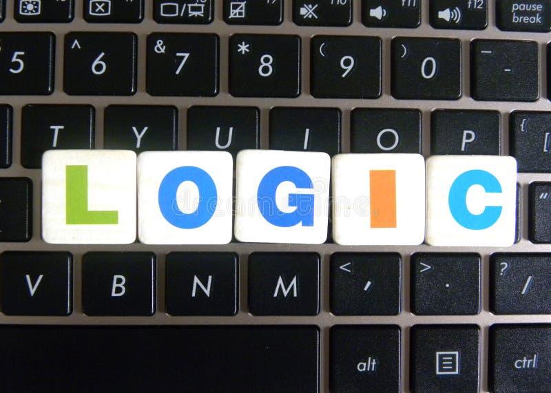 Słowo logika na klawiaturowym tle zdjęcie stock