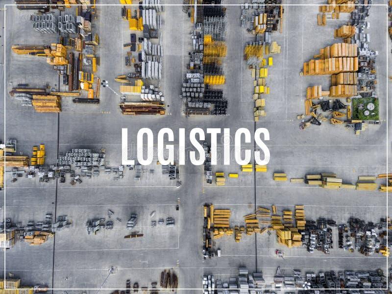Słowo logistyki Przemysłowy składowy miejsce, widok od above zdjęcia royalty free