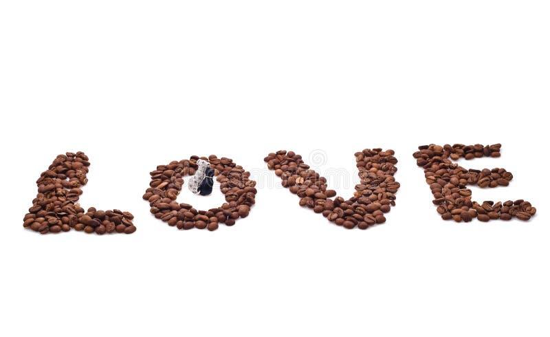 Download Słowo Miłość Komponująca Kawowe Fasole Zdjęcie Stock - Obraz złożonej z twórczość, brąz: 28960728