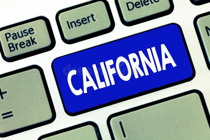 Słowo pisze tekscie Kalifornia Biznesowy pojęcie dla stanu na zachodnim wybrzeżu Stany Zjednoczone Ameryka Wyrzucać na brzeg Holl zdjęcie royalty free