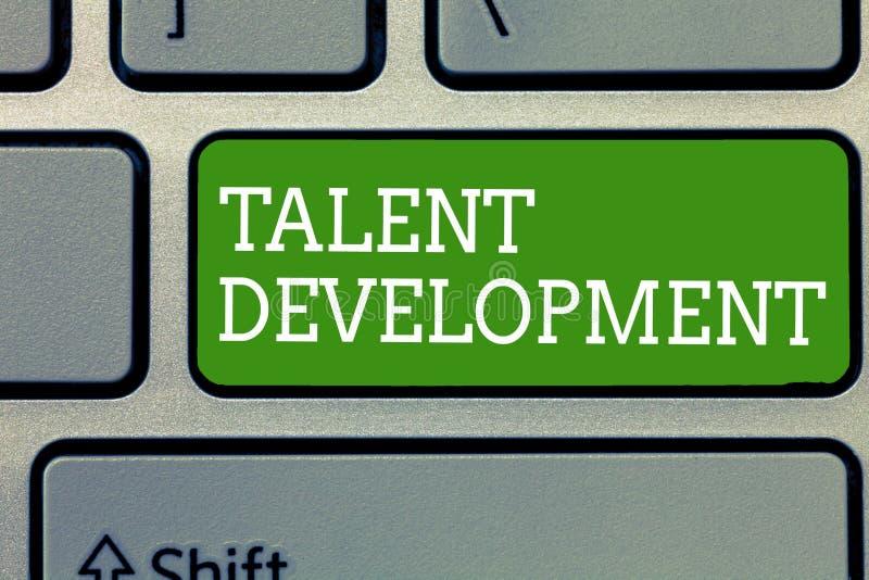 Słowo pisze teksta talentu rozwoju Biznesowy pojęcie dla Budować umiejętności zdolność Ulepsza Potencjalnego lidera obrazy royalty free
