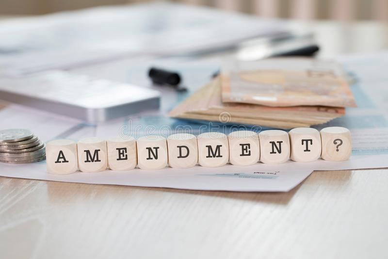 Słowo poprawka komponująca drewniani listy zdjęcia stock