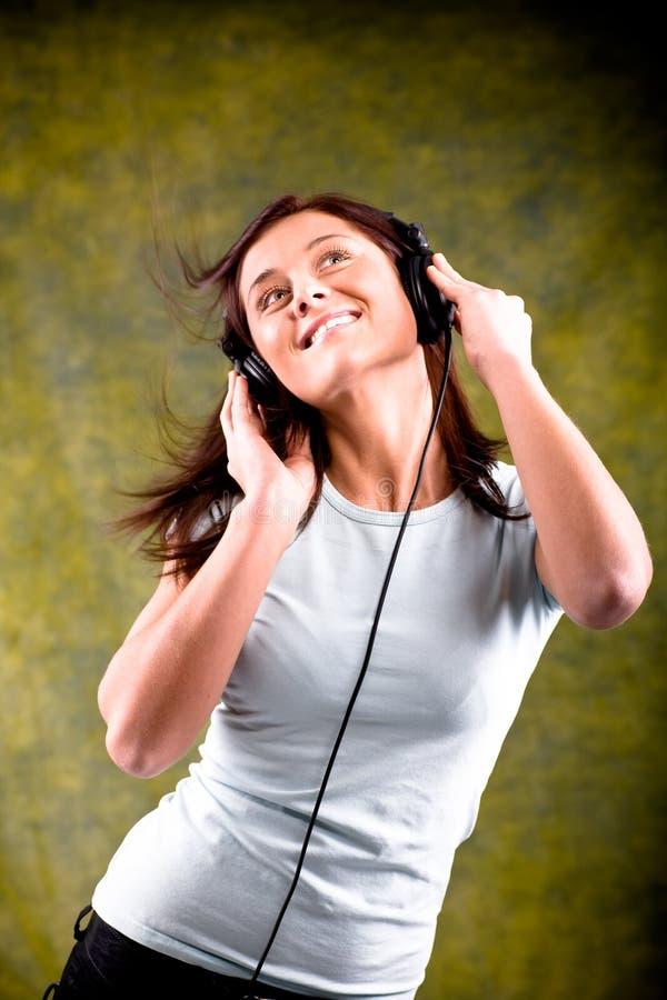 Słucha muzyka zdjęcia stock