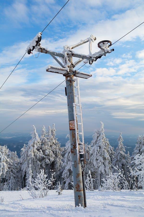 Słup narciarski holowniczy obraz royalty free
