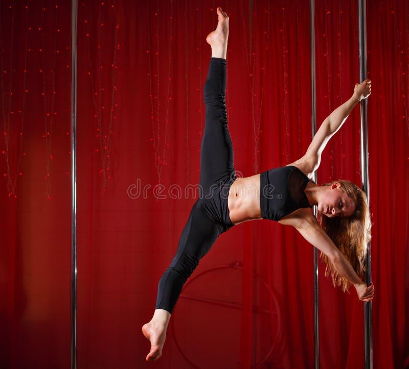 Słupa tancerza przedstawień dratwa obraz royalty free