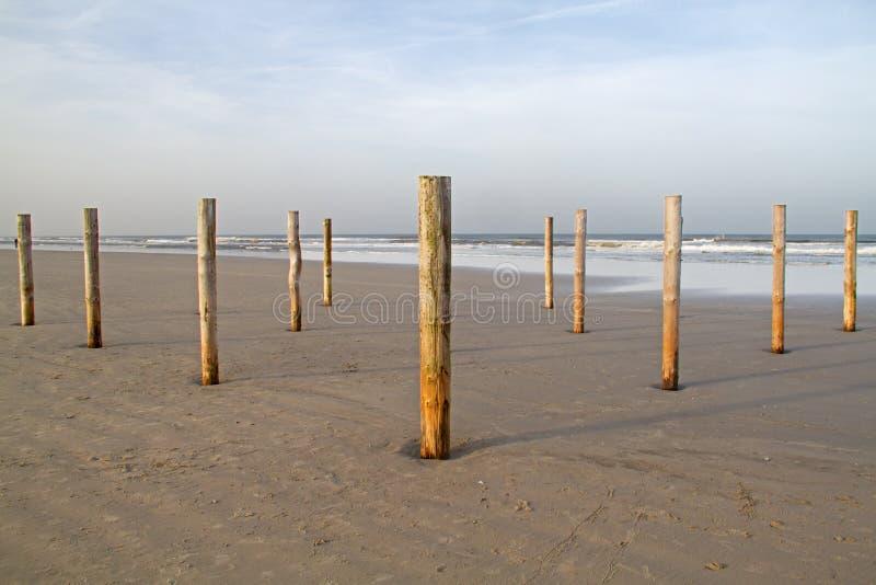 Słupy na plaży obrazy stock