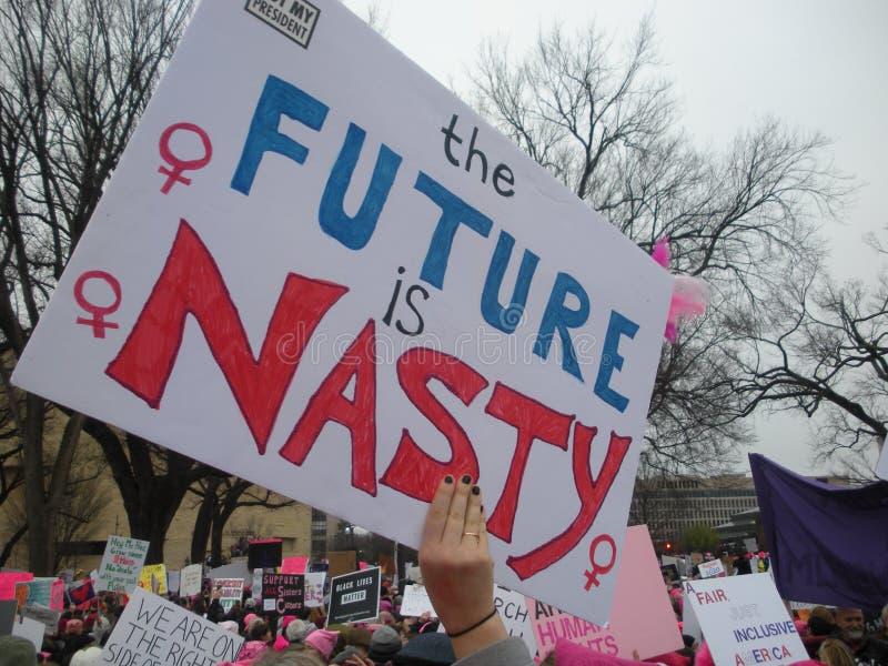 ` S март женщин, будущее гадкие, смешные и уникально знаки и плакаты, не мой президент, Вашингтон, DC, США стоковые изображения rf