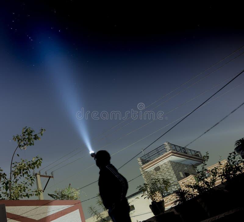 S'allumant les étoiles utilisant un instantané s'allument image libre de droits