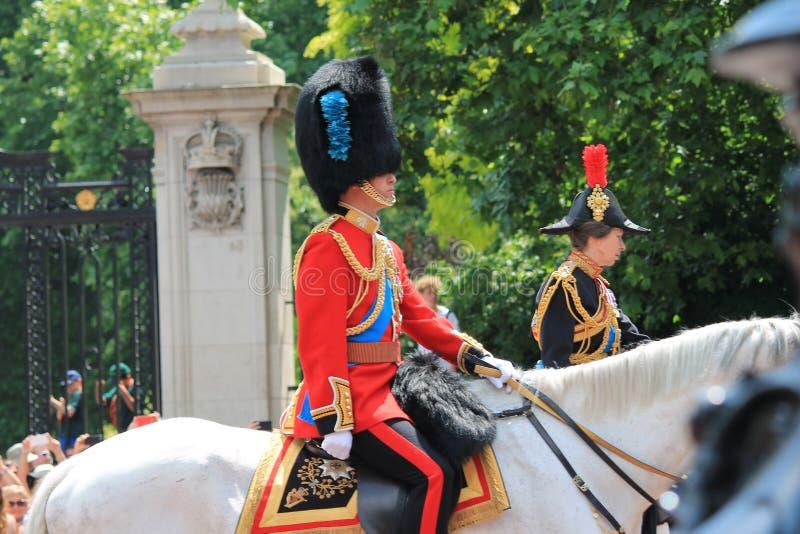 S'assemblant la couleur, Londres, R-U, - 17 juin 2017 ; Prince William, prince Charles et princesse Anne en s'assemblant la coule photos libres de droits