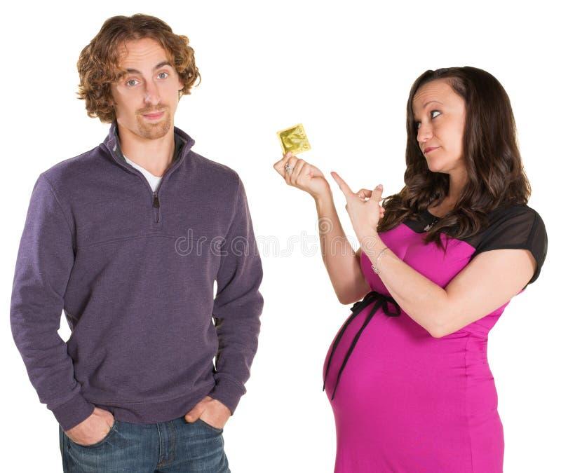 S'attendre à des parents avec le préservatif photographie stock