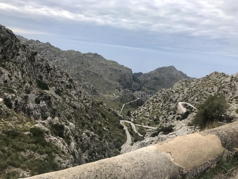 S?awna w??owata droga Sa Calobra, Mallorca obraz royalty free