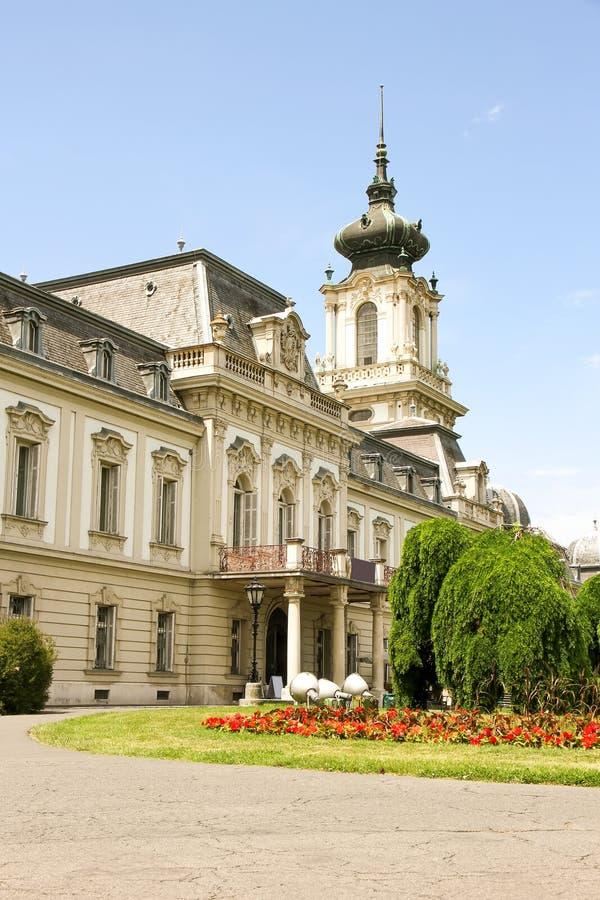 Download Sławny kasztel w Keszthely obraz stock. Obraz złożonej z plenerowy - 57652101