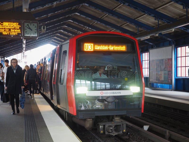 S Bahn S pociąg w Hamburg zdjęcia stock