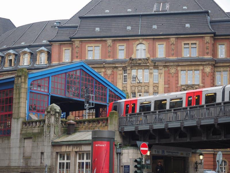 S Bahn S pociąg w Hamburg obraz royalty free