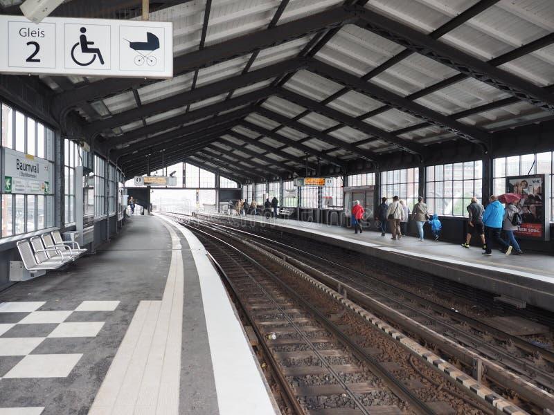 S Bahn w Hamburg (S pociąg) obrazy stock