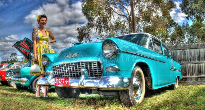 1950s Chevy i kobieta obrazy royalty free