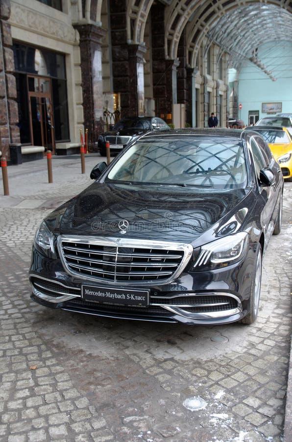 S-classe de Mercedes-Benz imagens de stock