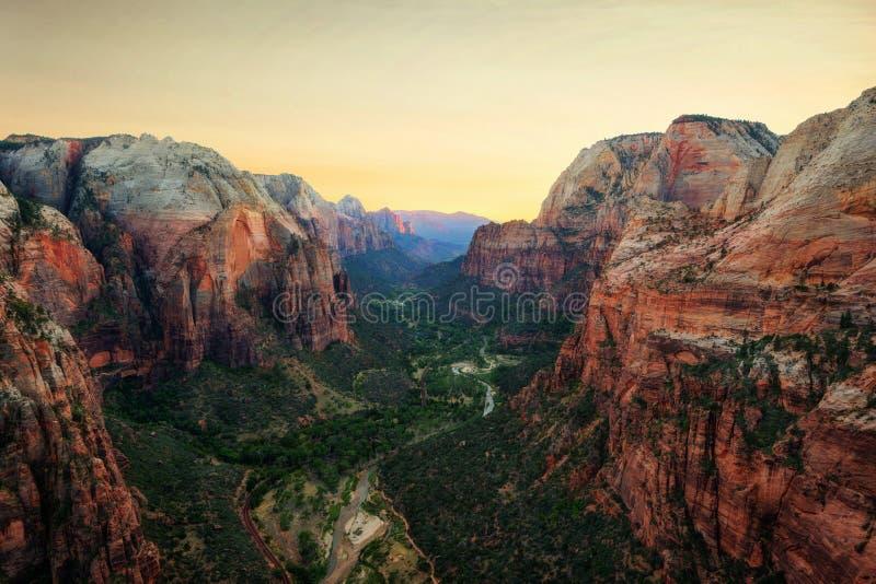` S d'ange débarquant Zion National Park photo libre de droits