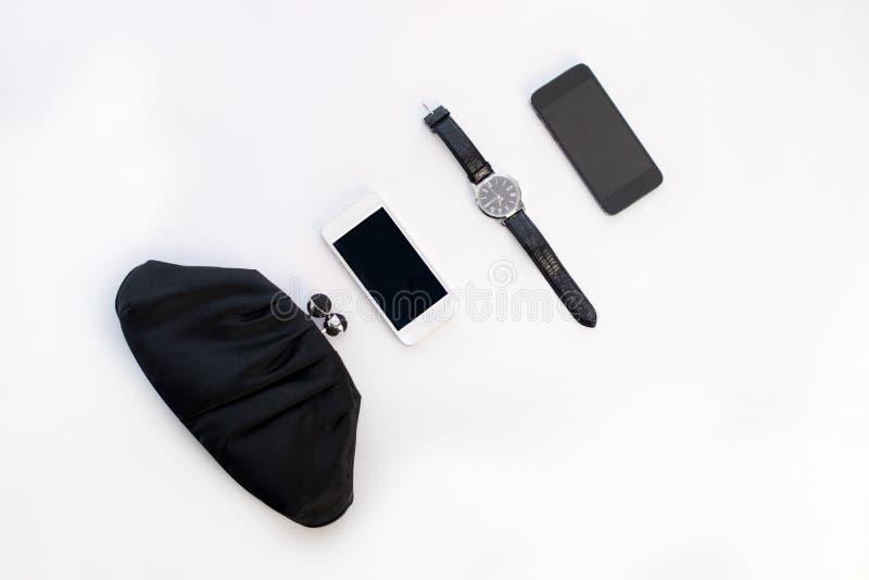 ` S das mulheres e acessórios e dispositivos do ` s dos homens para um evento formal sobre imagens de stock