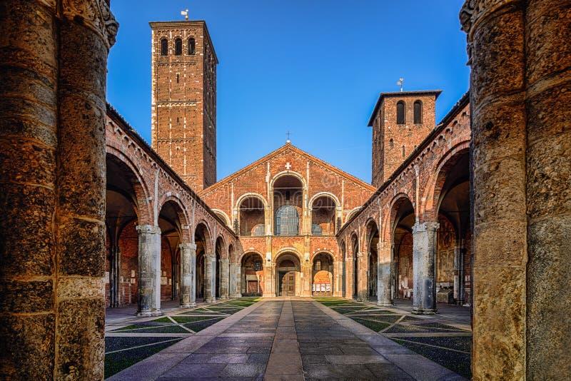 S De kerk van Ambrogio, Milaan royalty-vrije stock fotografie