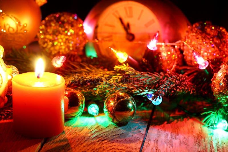 ` S del Año Nuevo y fondo de madera de la Navidad imágenes de archivo libres de regalías