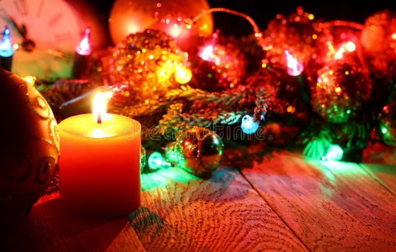 ` S del Año Nuevo y fondo de madera de la Navidad fotografía de archivo libre de regalías
