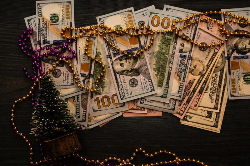 ` S del nuovo anno che elogia soldi ed economia, attività bancarie e vendita fotografie stock libere da diritti